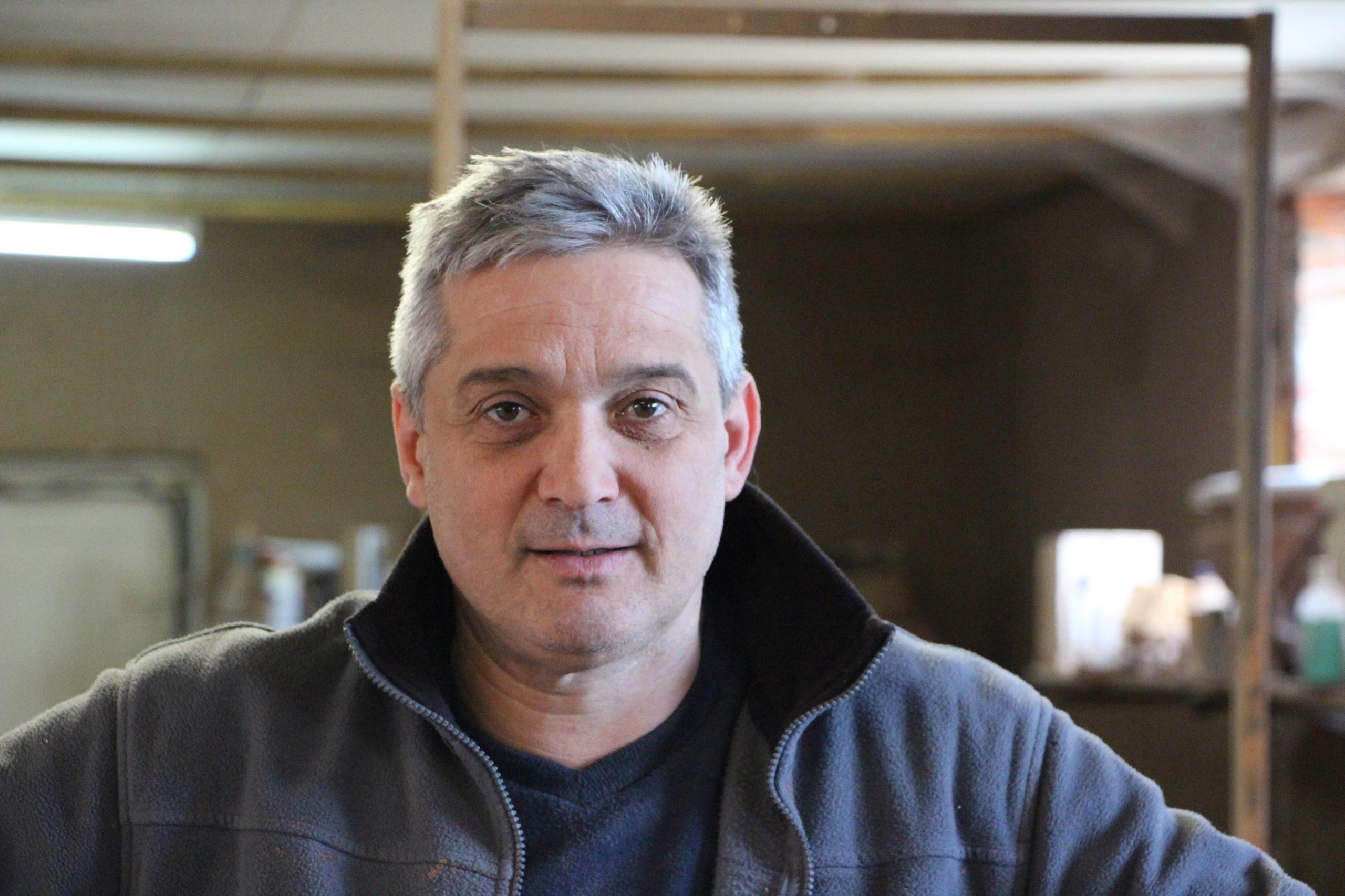 Etienne Drouilly fabricant du pot de fleurs composteur